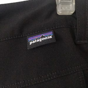 Patagonia Pants - Patagonia Black Capri size 8